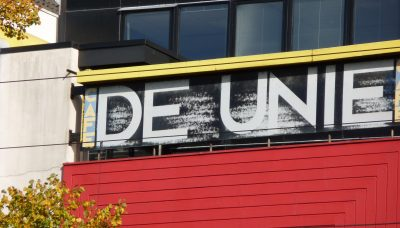 De Unie lettering