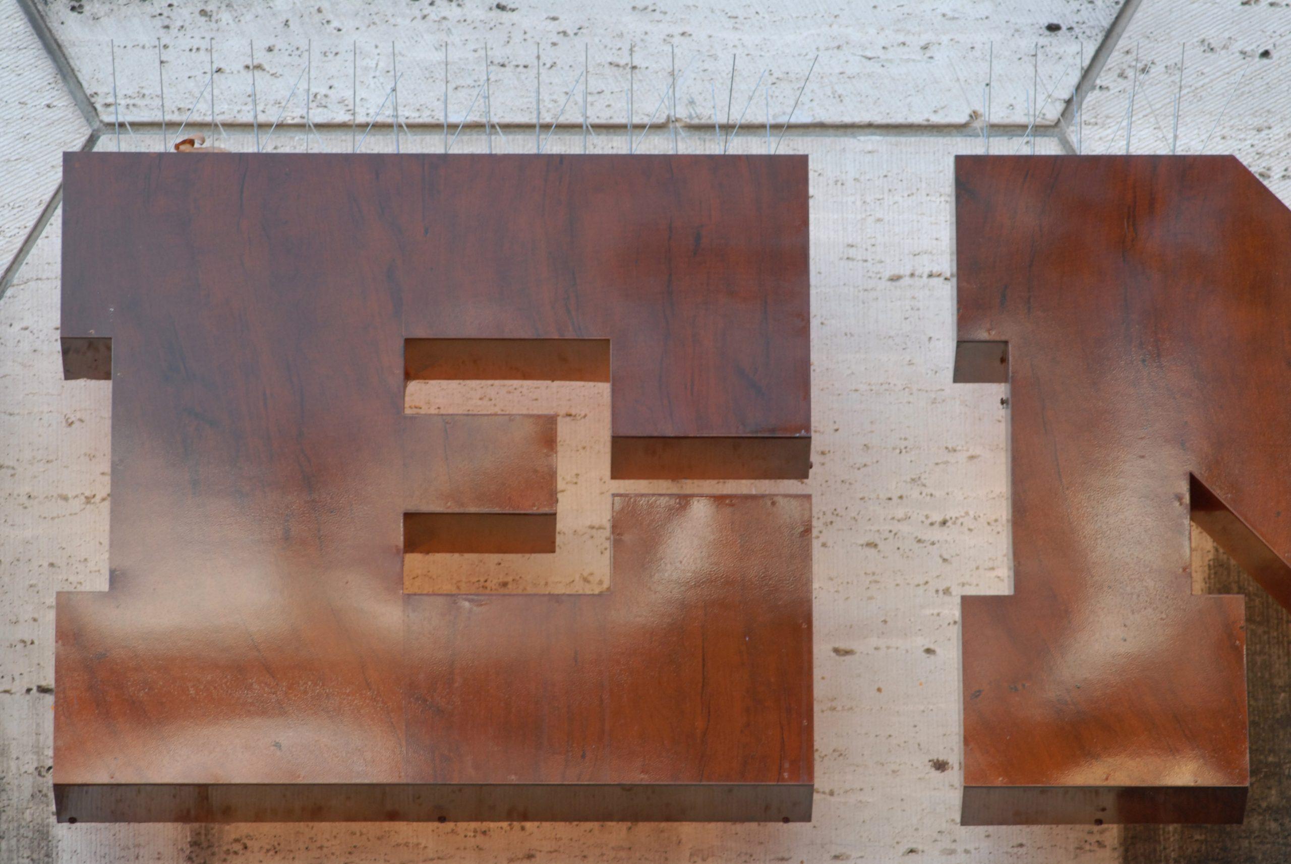 Bijenkorf new letter04